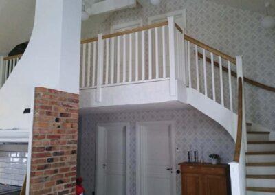 Wernerssons snickeri - vi gör platsbyggda trappor helt efter dina önskemål och behov. Ta kontakt med oss.